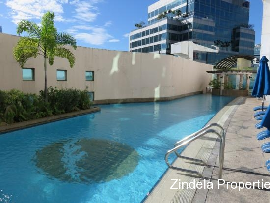 FraserPlacePoolView-1